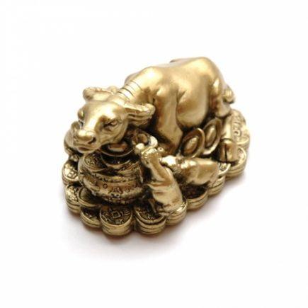 Familie de bivoli pe comori pentru prosperitate, remediu Feng Shui pentru bani, bunastare si prosperitatea