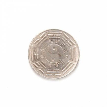 Talisman argintiu cu zodia oaie/capra, horoscop Chinezesc, remediu Feng Shui pentru bunastare si protectie