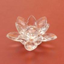 Floare de lotus din cristal, remediu Feng Shui pentru purificare si energizare