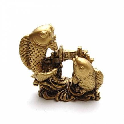 Crapi deasupra Portii Dragonului, Remediu Feng Shui pentru bunastare, bani si abundenta.