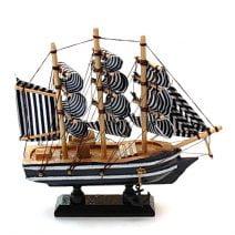 Corabia bogatiei din lemn medie. Remediu Feng Shui pentru abundenta si prosperitate