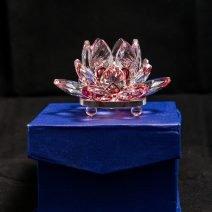 Floare de lotus rosie din cristal, remediu Feng Shui pentru protectie, energizare si purificare