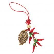 Amuleta cu frunza si ardei rosii
